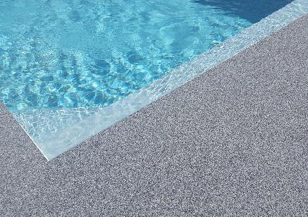 Découvrez une sélection de plages de piscine en moquette de pierre