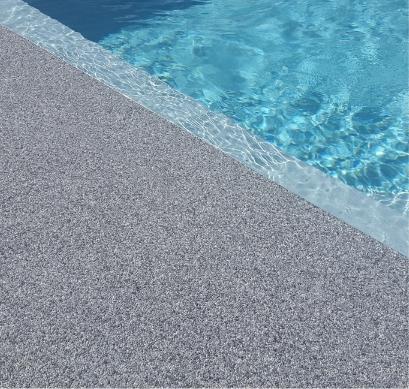 plage de piscine revêtement drainant